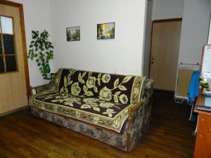Sribnokilskaya 3